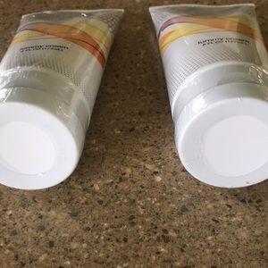 *UPDATED* NWOT Sealed! Brand New  Tummy Cream  ❤️